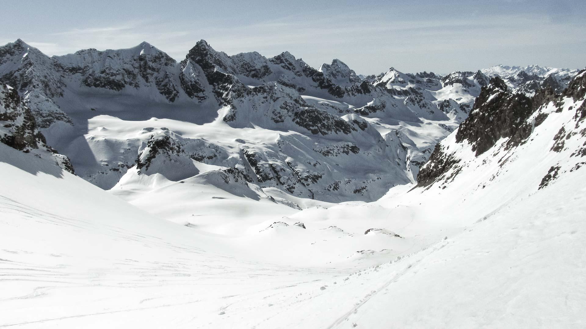 Kurz skialpinizmu na ľadovci